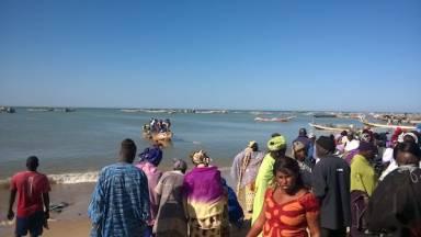 Les femmes, force de survie de la pêche artisanale-1