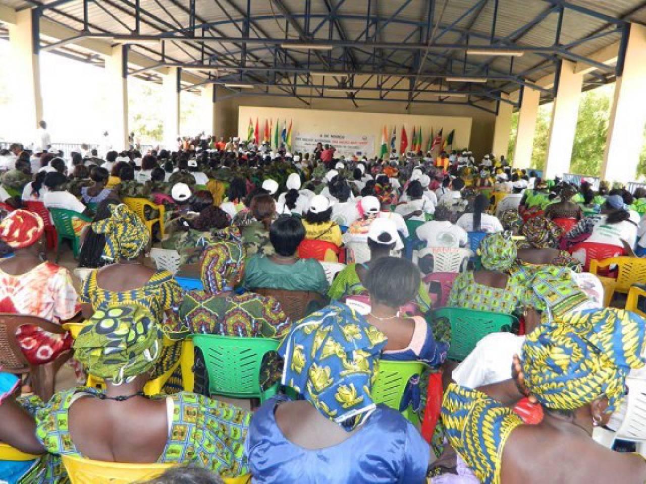 Célébration de la Journée Internationale de la Femme 2015 par les Femmes de la pêche Artisanale Africaine